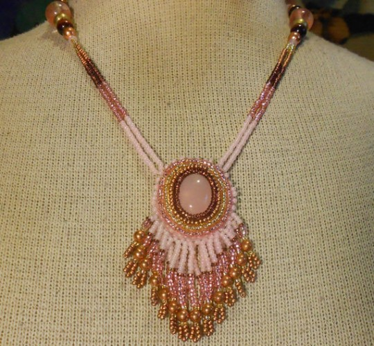elegant rose quartz beaded necklace