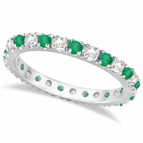 emerald ring with diamond