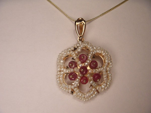 gemstone ruby jewellery