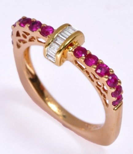 Round Ruby With Pricess cut Centre Studded Diamond Ring