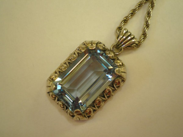 synthetic aquamarine silver pendant